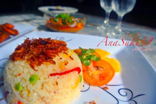 Simple Pineapple Rice